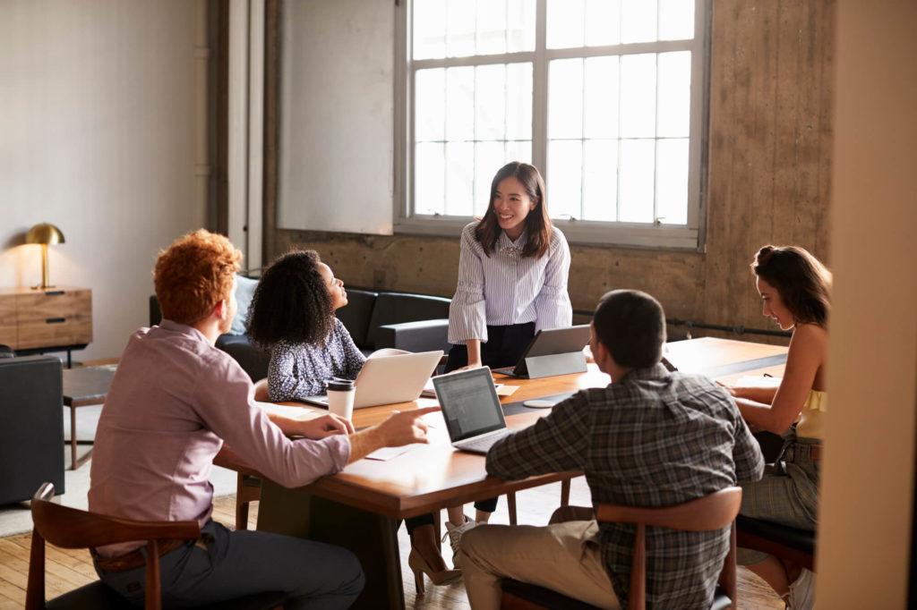 Conheça as 5 melhores práticas para reduzir o turnover dos promotores de vendas