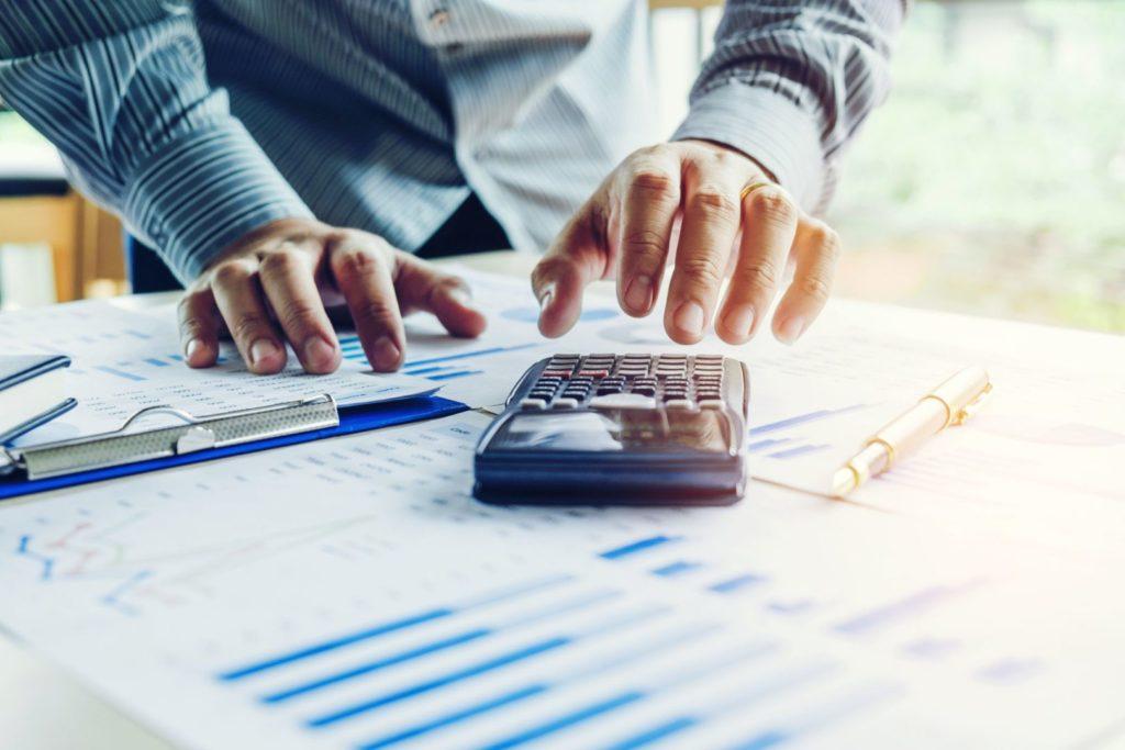 Custos administrativos: 3 formas práticas de reduzi-los